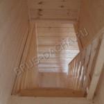 Брусовая дача - лестница и перила